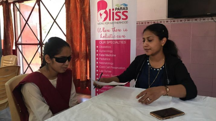 Dr. Sonia Senior resident advised visually impared school's girl