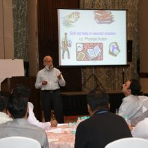 Professor from Great Lakes Institute of Management, Gurgaon delivers talk on 'Self – Effectiveness' during Ernst & Young's offsite Learning Program