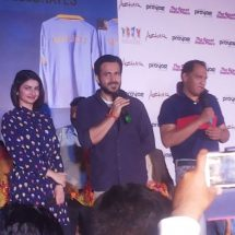 "Meet the star cast of ""Azhar"" – Emraan Hashmi and Prachi Desai at The Great India Place Mall"