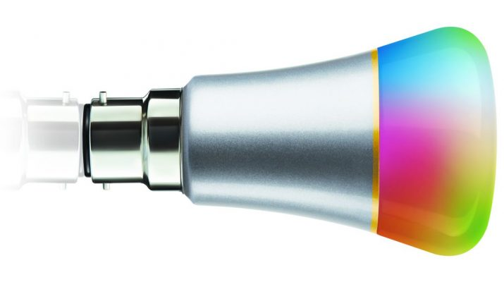 Syska LED Smart Bulb silver