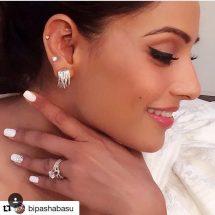 Bipasha Basu spotted in Dillano Jewellery