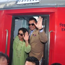 Bollywood Actor Boman Irani and Director Meghna Gulzar receive India's 1st ever family food train – Kurkure Family Express in Mumbai