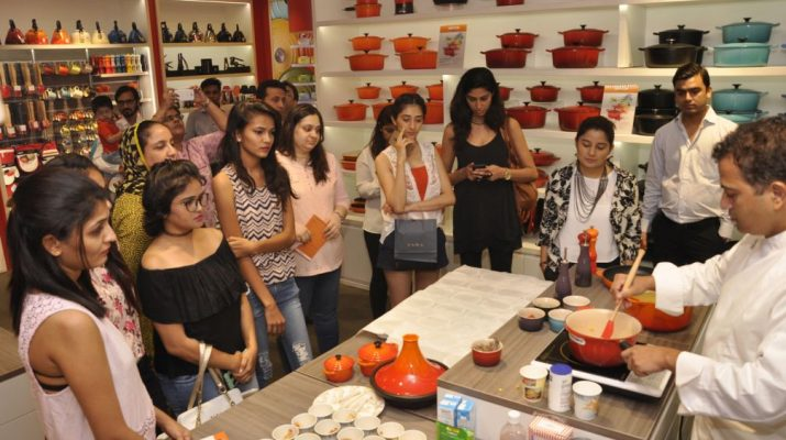 Chef Michael Swamy preparing a dish for the guests - Le Creuset Store - Infinity Mall - Mumbai