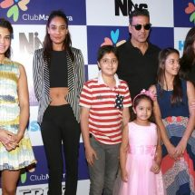 Heart 2 Heart with the Star Cast of Housefull 3!