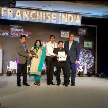 Eduwizards bags Best Online Tutoring Award at the Indian Education Congress Awards 2016
