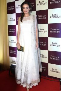 Evelyn Sharma in Minawala Jewellery - 2