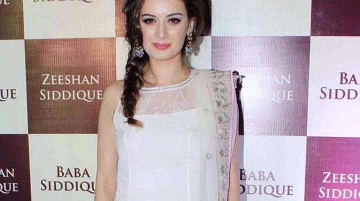 Evelyn Sharma in Minawala Jewellery - 3