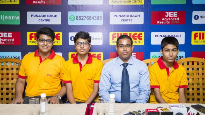 FIITJEE Punjabi Bagh branchs students clinch the Delhi State Topper and Haryana State 2nd Topper titles in JEE Advanced 2016
