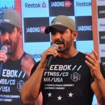 Reebok India and Jabong engage consumers at power-packed Fitness Master Class with leading fitness icon, John Abraham