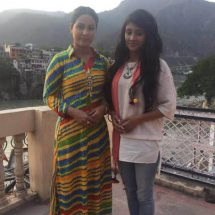 Hina Khan is the hottest mom to have on screen: Shivangi Joshi