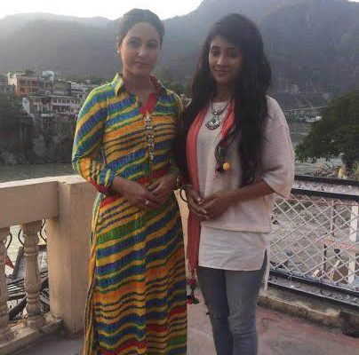 Hina Khan is the hottest mom to have on screen - Shivangi Joshi