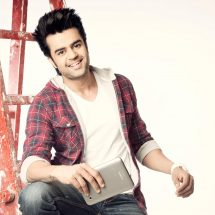 Manish Paul to host IIFA with Karan Johar & Fawad Khan