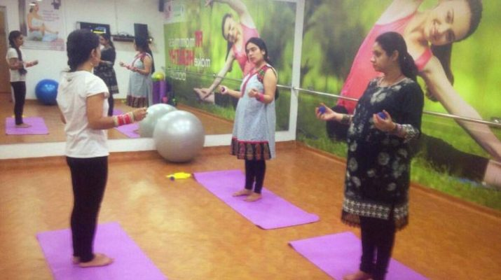 Paras Bliss Hospital - Yoga Camp - Pregnant women attended yoga session