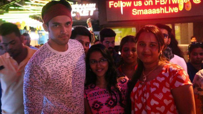 Parth Samthaan meeting Fans at Smaaash