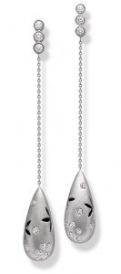 Platinum jewellery collection inspired by the fluidity of water 2