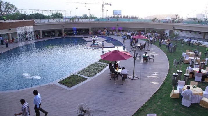 Swimming Pool - Club Saundaryam - Gaurs Saundaryam