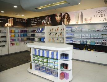 Amway opens Express Pick and Pay Store in East Delhi 2