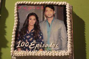 Kuch Rang Pyaar Ke Aise Bhi 100 Cake