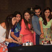 Bahu Humari Rajni_kant to complete successful 100 episodes