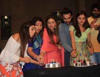 Life Ok Bahu Humari Rajni_kant - 100 episodes
