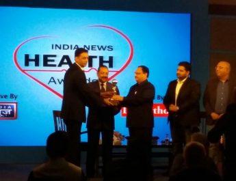 Dr Dharminder Nagar adjudged 'Healthcare Entrepreneur of the Year 2016' at India News Health Awards