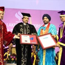Jagran Lakecity University, Bhopal confers Honorary Degree of Doctor of Arts to Gurmit Singh, VP & MD, Yahoo India