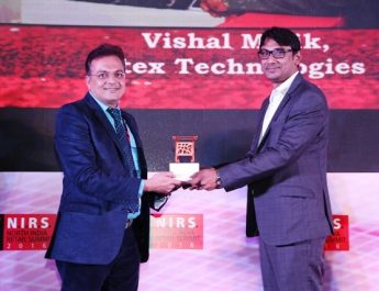 Vishal Malik honored with Excellence in Retail and Customer Service award