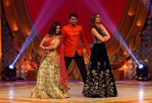 L-R - Sambhavna Seth - Pritam Singh and Karishma Tanna on the sets of BIG Memsaab 2