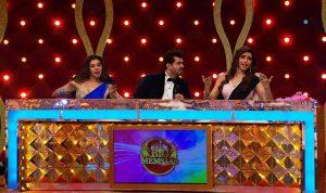 L-R - Sambhavna Seth - Pritam Singh and Karishma Tanna on the sets of BIG Memsaab