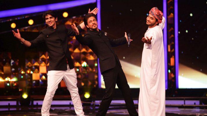 ShahRukh Khan jamming with Haitam on Jabra Fan - 2