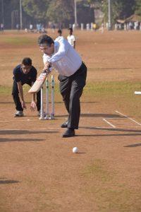 Uday Kotak - EVC and MD - Kotak Mahindra Bank plays a friendly cricket match with visually challenged cricketers of Maharashtra team