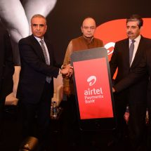 Union Finance Minister Shri Arun Jaitley launches Airtel Payments Bank