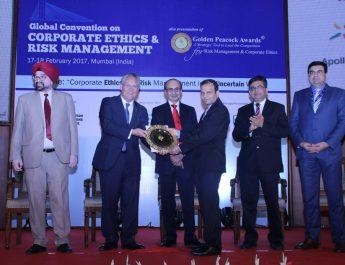 Apollo Munich Health Insurance wins Golden Peacock Award for Risk Management 2017