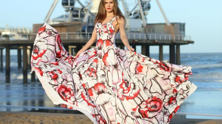 Couturier AnjanaMisra takes inspiration from hand painted water color floral patterns 2
