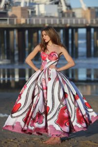Couturier AnjanaMisra takes inspiration from hand painted water color floral patterns
