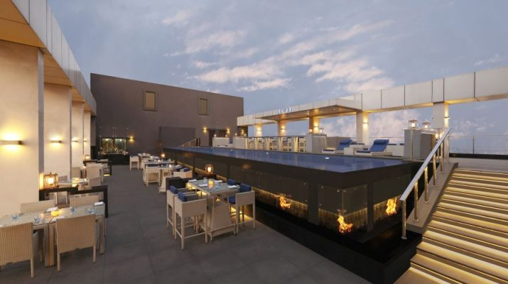 Double Tree by Hilton - Pune Chinchwad - Pool