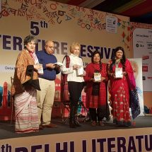 "Dr. Blossom Kochhar presented her New Book ""Aromatherapy – A Way Of Life"" at the Delhi Literature Festival"