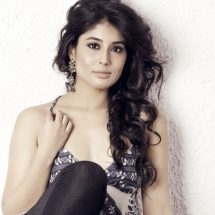 Kritika Kamra locked to play Chandrakanta on Life OK