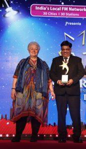 PR Bansal - CMD - Lords Hotels and Resorts receiving the award from Ms Nina Elizabeth Woodard