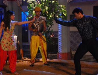 Priyal Gor as Ichha and Amit Dolawat as Makraant in Sony SABs Ichhapyaari Naagin