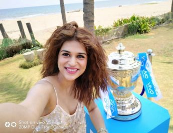 Actress Shraddha Das - VIVOIPL 2017 Trophy Tour makes a successful debut in Chennai 3