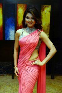 Actress Urvashi Rautela spotted wearing SLG jewellery 4