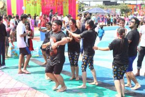 Appu Ghar hosts NCRs Splashiest Holi Tronica Party 2