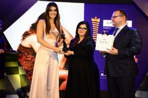 Kriti Sanon receiving the Femina Power List award from Tanya Chaitanya - Editor Femina and Kanashin Sergei