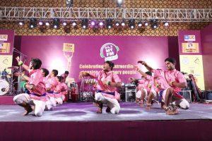 Panthi Group Performing Dance - Jiyo Dil Se Awards