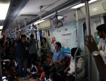 Sapno Ka Dibba in the Rapid Metro - Gurgaon 2