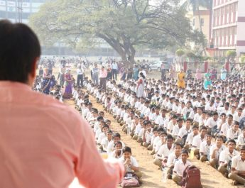 On World Water Day Water Dada Visit Schools in Maharashtra, Offering Water Conservation Lessons to Children