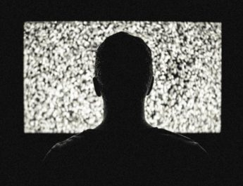 Addiction to TV may reduce production of sperm count by 35%