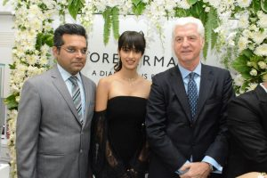 Bhavin Jhakia - CMD - OM Jewellers - Disha Patani and Stephen Lussier Global CEO - Forevermark Diamonds