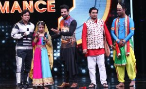 Muskan Sharma with her dad and the super judges on Super Dancer Chapter 2